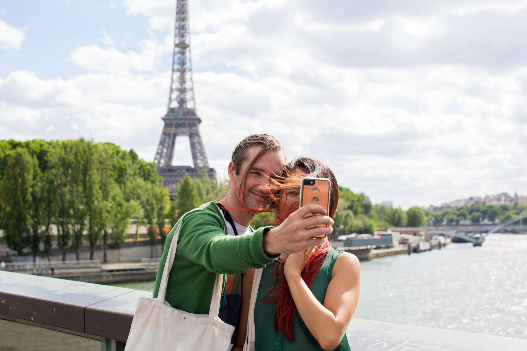 How to Not Look Like a Tourist — Actually, I Don't Care… I Am a Tourist!