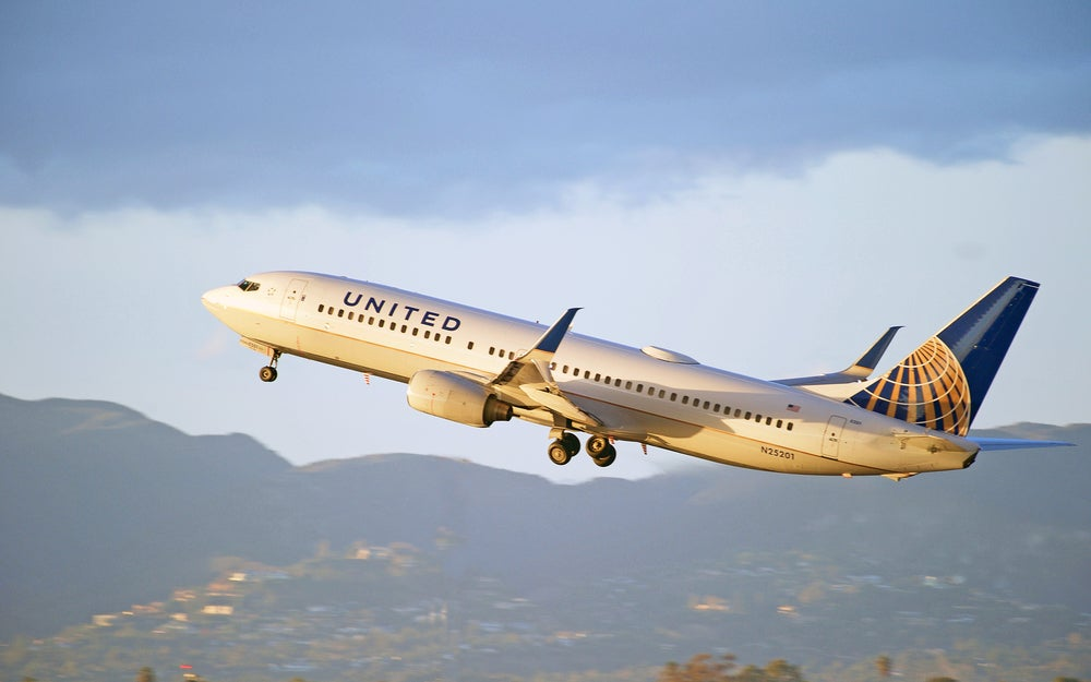 Starting Now United Airlines Miles Won't Expire and You Can Buy Back Expired Miles at a Discount