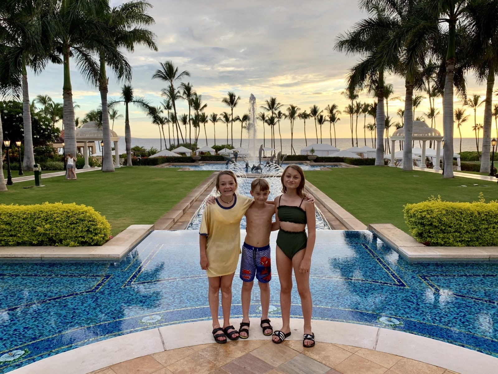 Hilton Surpass Review: Earn 130,000 Hilton Points, a Weekend Night and Automatic Elite Status (Limited-Time Offer Through August 28, 2019)