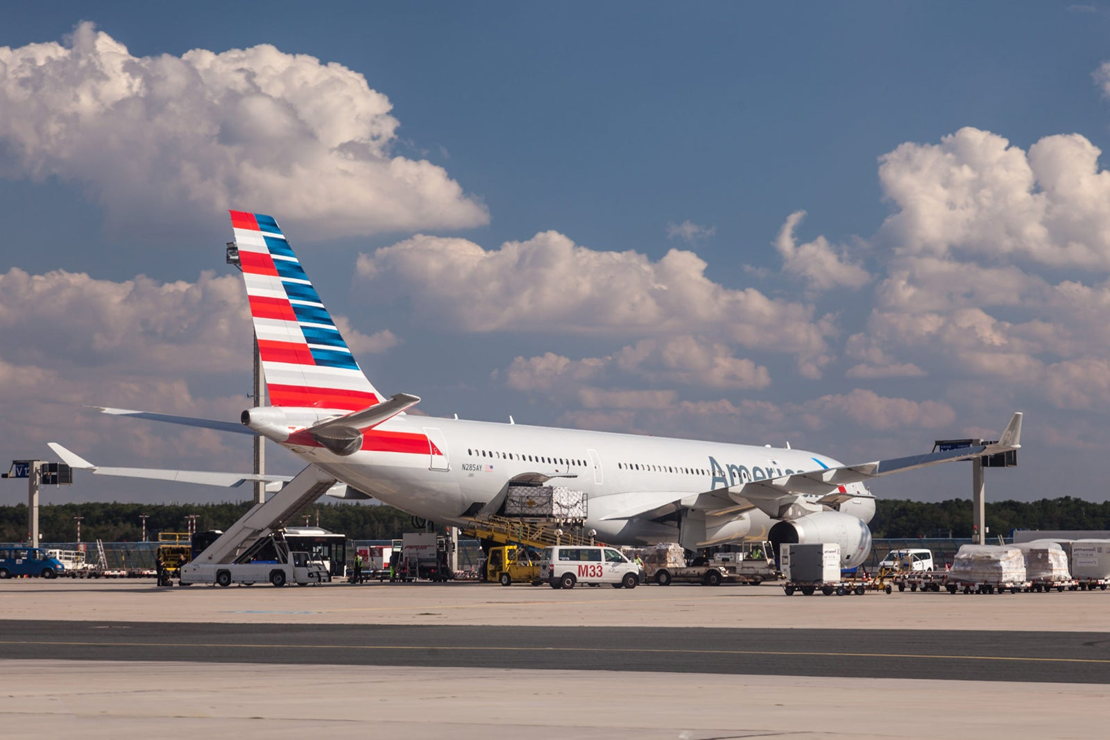 American Airlines Improves Eqm Earning Rates On Partner