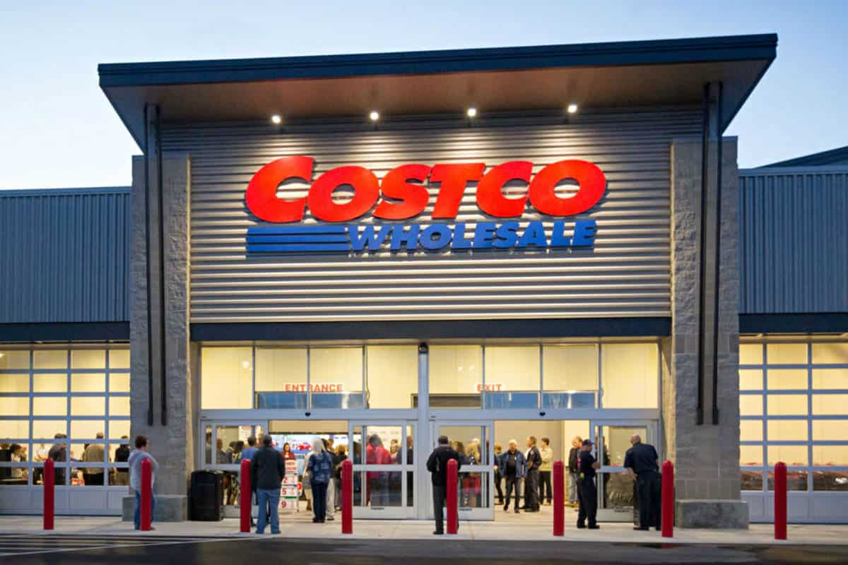 These Are the 5 Best Credit Cards to Use at Costco