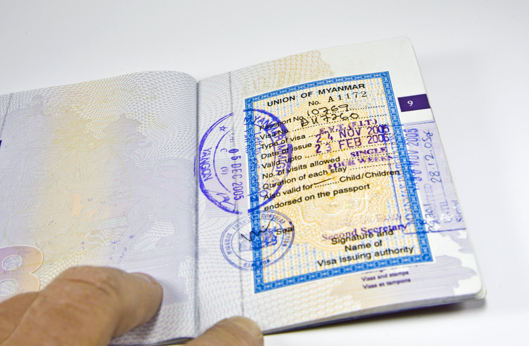 7 Destinations Where US Citizens Have to Obtain a Visa Before Arrival