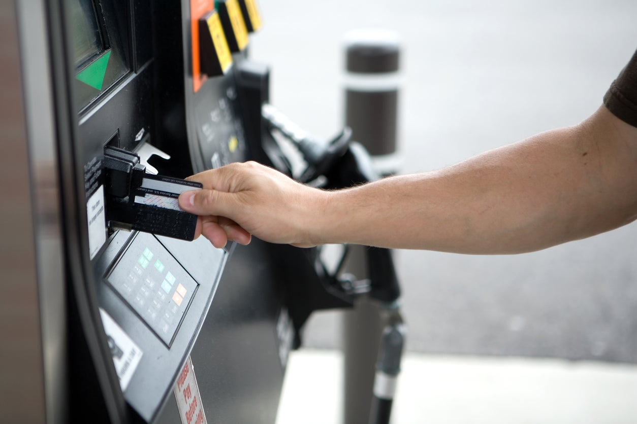 Keep Your Card Information Safe by Paying at the Pump With a Mobile Wallet – Here's How to Do It With Chase Pay & Samsung Pay