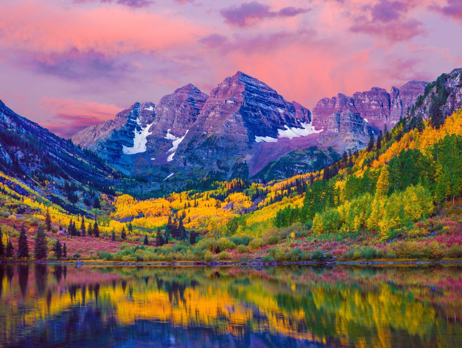 7 Spectacular Hikes to Explore This Fall