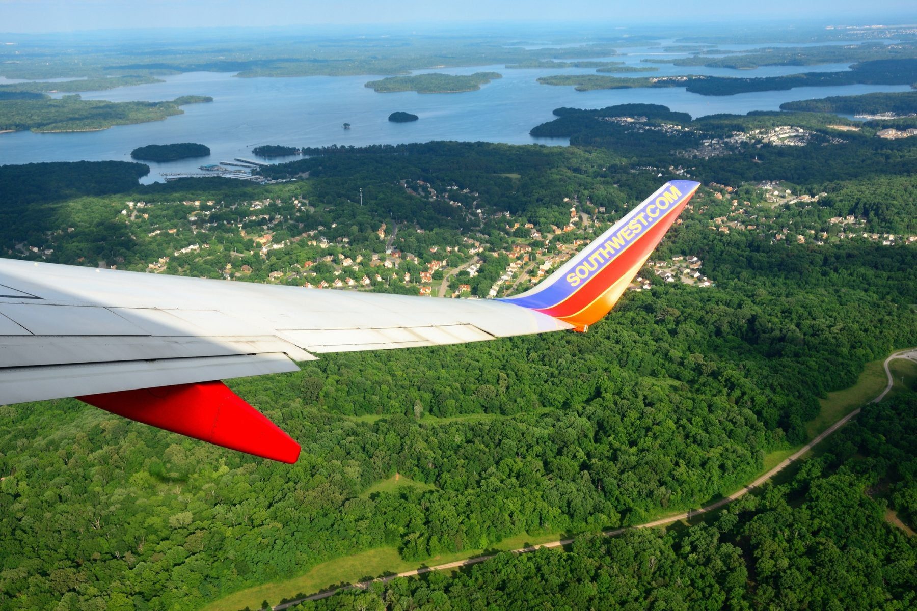 The ONE Advantage Other Airlines Have Over Southwest When Flying to Hawaii