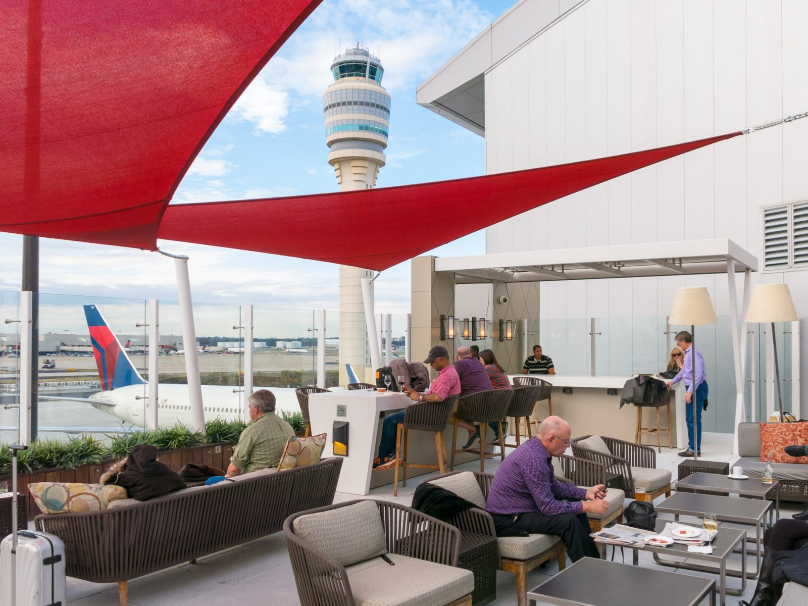 Have Airport Lounge Access?  Here's What to Do to Make Sure You Aren't Turned Away