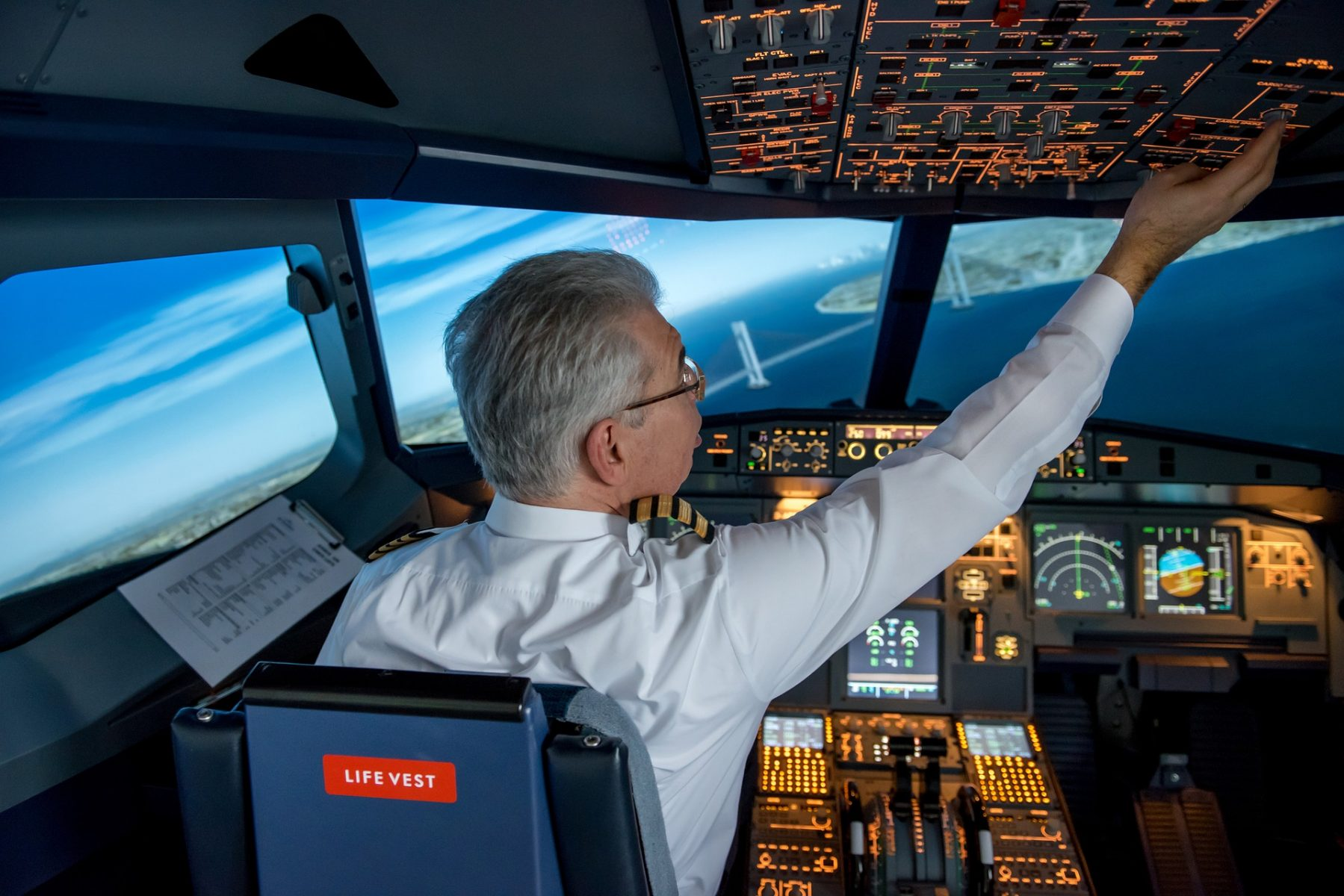 Looking to Switch Careers? A Severe Pilot Shortage Is Happening Now!