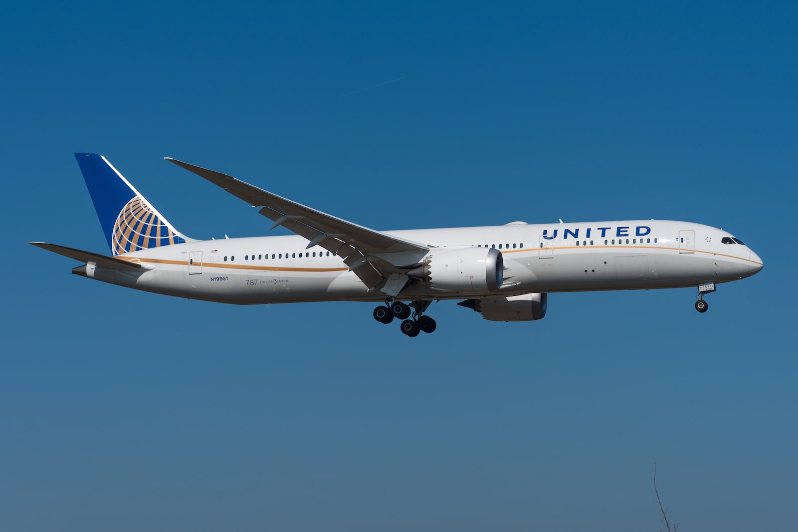 Do United Airlines miles expire?  No, here's what you need to know