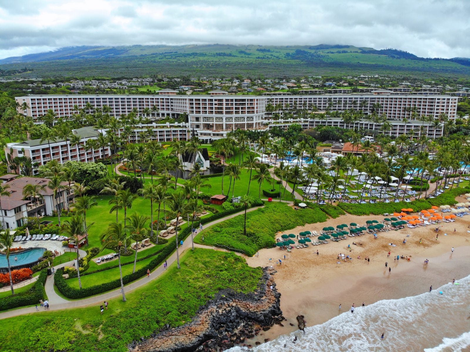 I Booked a $4,200 Luxury Vacation at Hawaii's Grand Wailea Resort for FREE Using Hilton Honors Points (So Can You!)