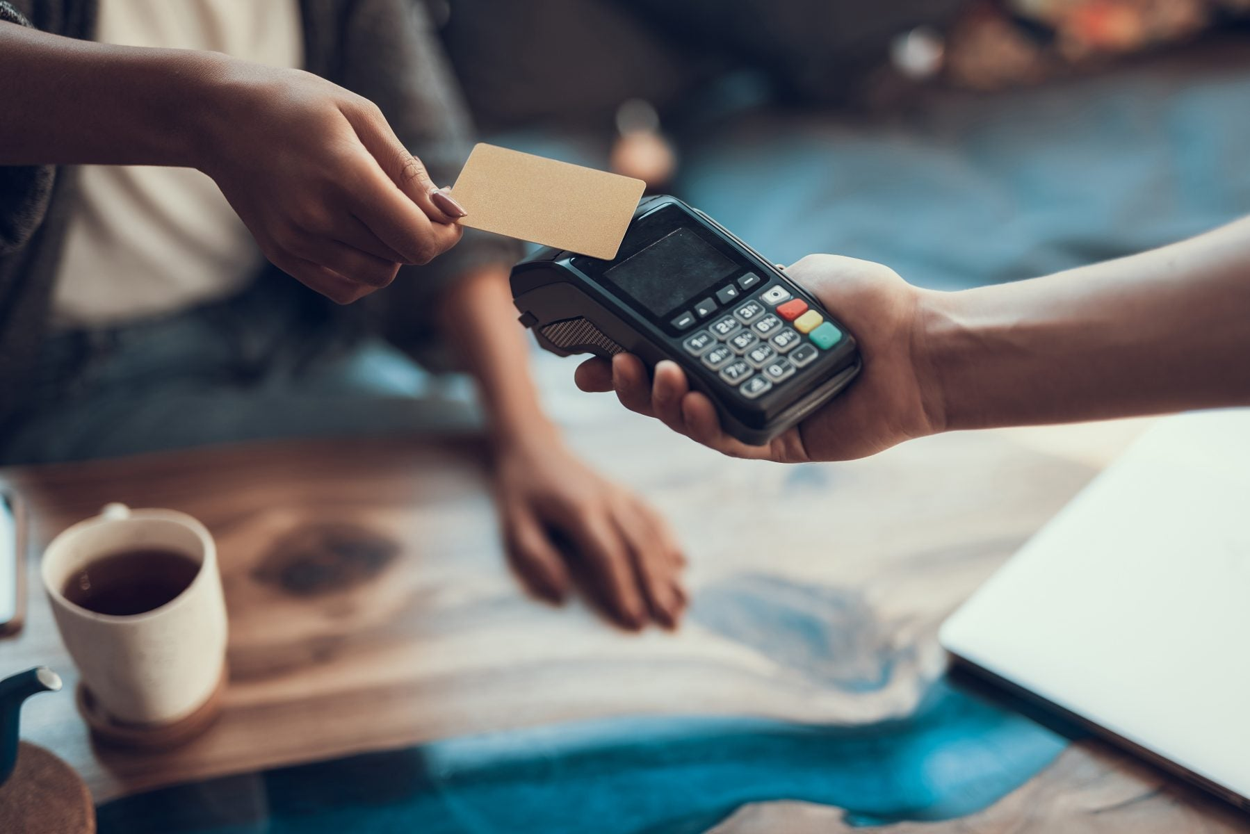 Guide to contactless credit cards