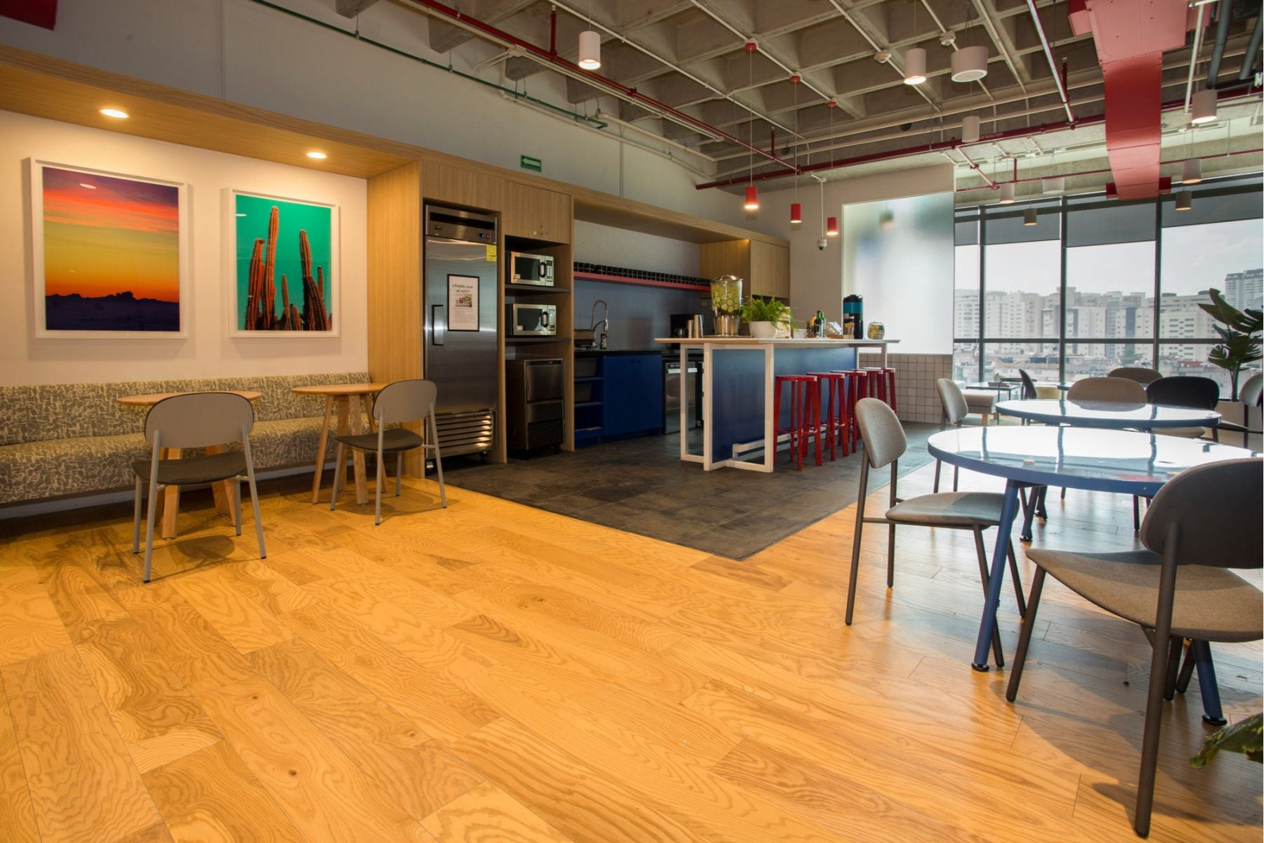 Reminder: Don't pay for coworking space — Save with the Amex Business Platinum, and write off the annual fee