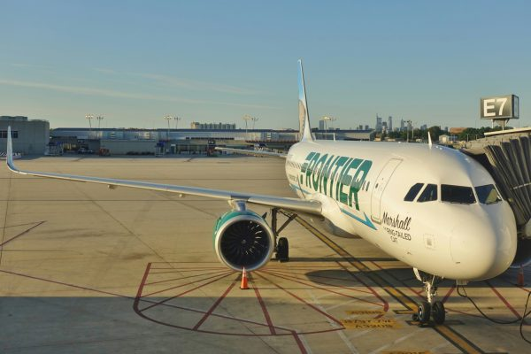 Frontier Airlines baggage policies and fees