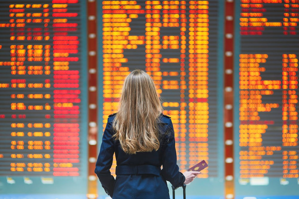 Flight Delays: Should You Take Compensation Offered or Write In a Complaint Later?