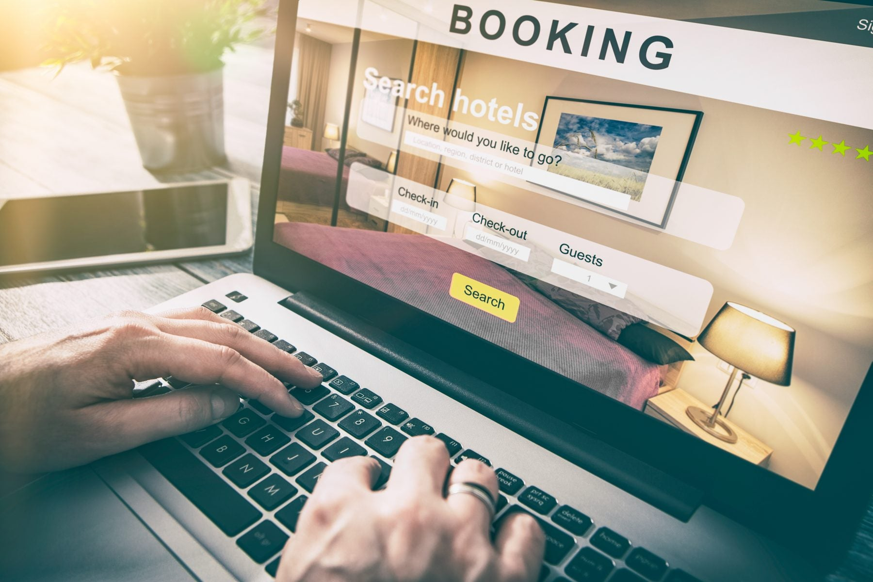 Fact or Fiction: Do Airlines Raise Your Ticket Price Based on Your Browser History?