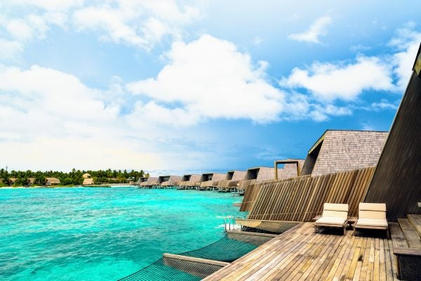 Best Hotel Credit Card: How I'm Going to the Maldives and Getting $1,863 From One Card Bonus